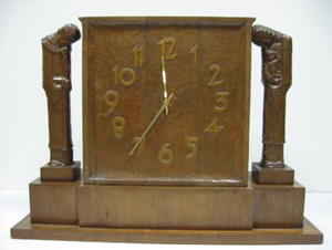 Picture of clock by Wilhelm Uth/ Ewald Hahn - Sacred Family