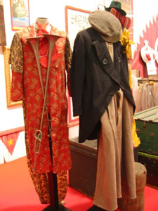 Picture of costumes 45 - 46