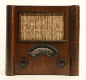 Immagine di radio legno