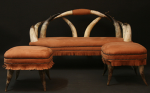 Picture of horn sofà and stools