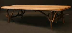 Immagine di tavolino corna cervo rettangolare basso