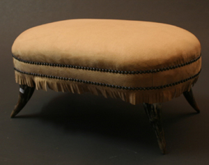 Picture of HORN STOOL