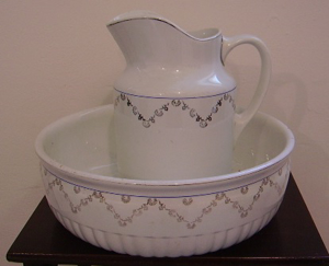 Picture of jug with basin
