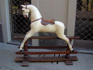 Immagine di Cavallo a dondolo inglese '800