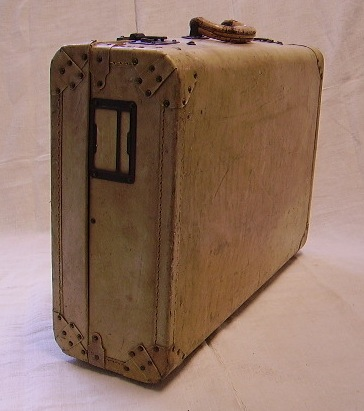 Picture of Little suitcase n°10