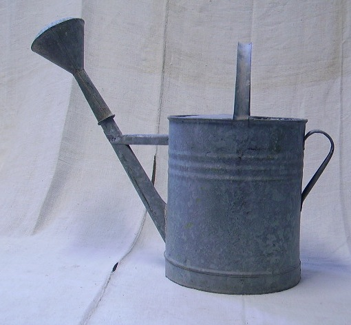 Picture of watering can 3