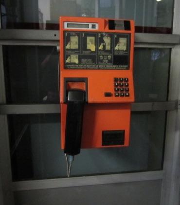 Immagine di cabina telefonica italiana