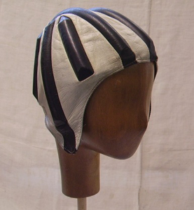 Picture of leather helmet n° 6