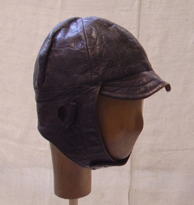 Picture of leather helmet n° 7