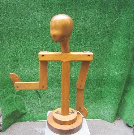 Immagine di manichino legno n°14