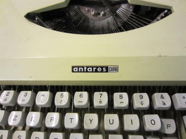 Picture of Antares Capri typewriter