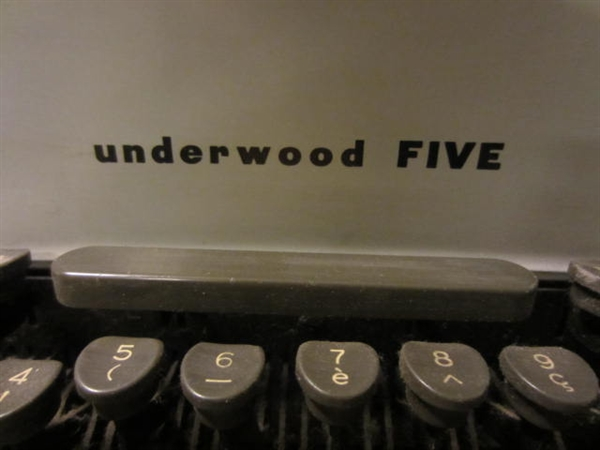 Picture of Underwood Touch Master Five Typewriter