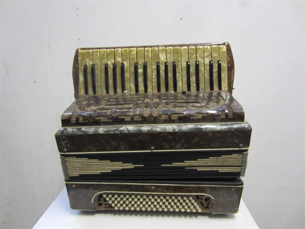 Picture of Accordion n°2