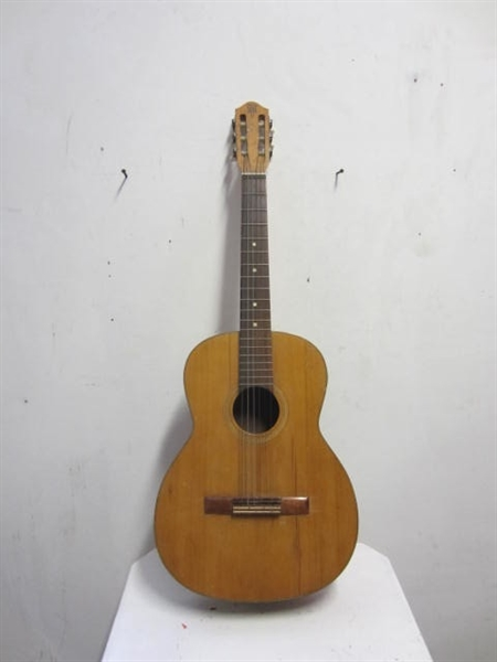 Picture of Guitar n° 1