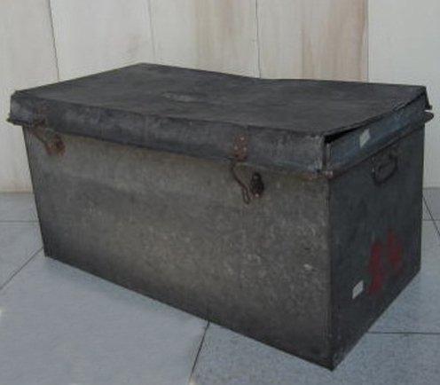 Picture of Metal Trunk n° 210