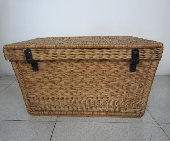 Picture of Wicker trunk n°3