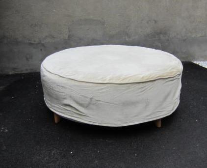 Immagine di Grande pouf in velluto
