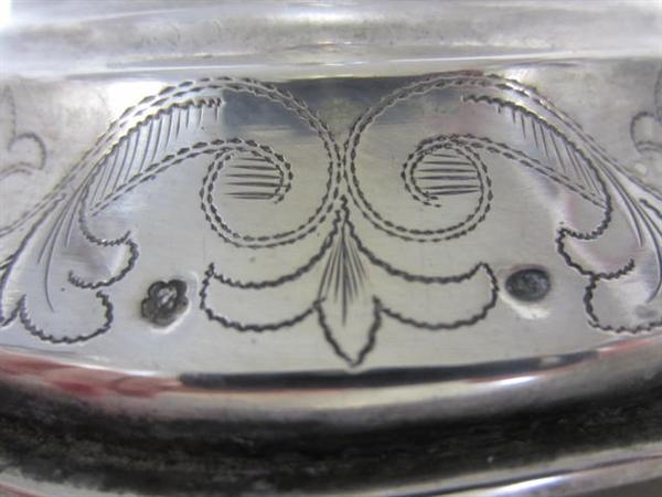 Immagine di candeliere alto argento