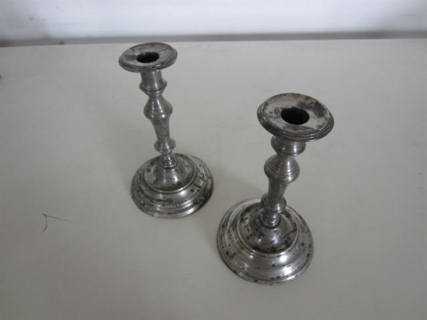 Immagine di coppia candelieri in peltro