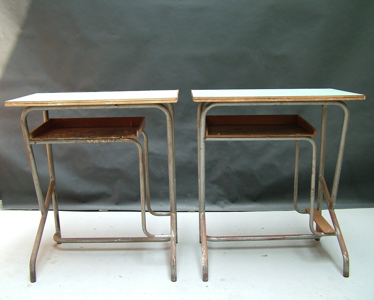 Picture of School desk with bag holder