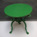 Picture of bistrot table in fake cast iron