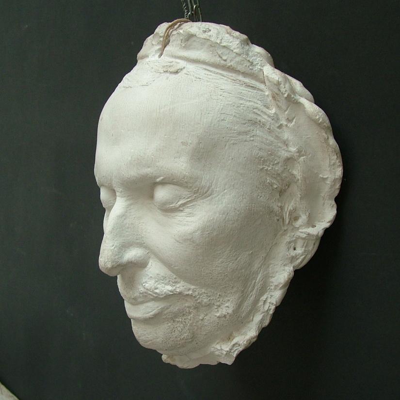 Immagine di Maschera mortuaria in gesso da appendere n° 3