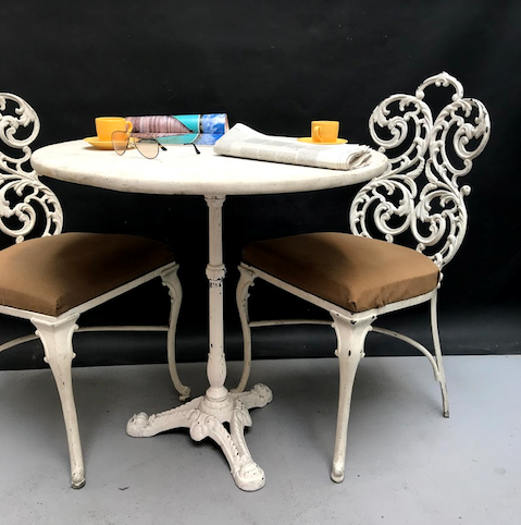 Picture of cast iron and marble bistrot table