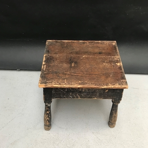 Picture of Small rustic stool or footrest with rounded legs