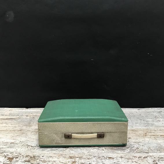 Picture of case gramophone Lesa Gutex