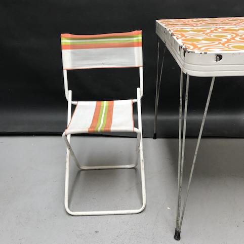 Immagine di Tavolo da campeggio pieghevole con sedia e sgabello