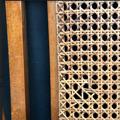 Immagine di Sdraio da crociera in legno e paglia di Vienna