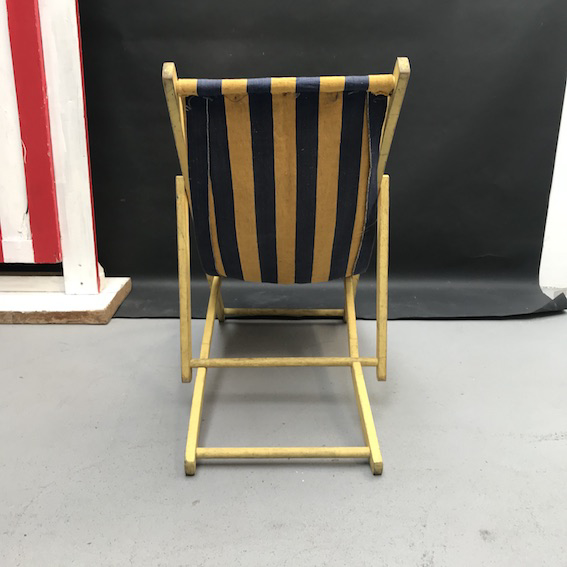 Picture of Blue and yellow child deckchair