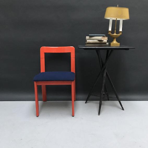 Immagine di sedia arancione