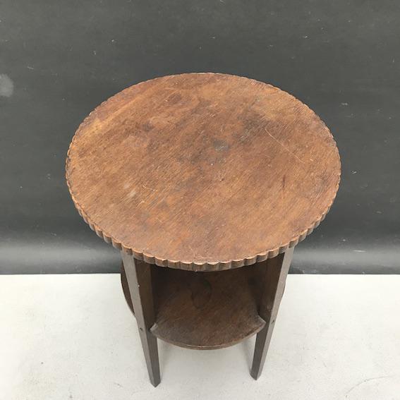 Immagine di Tavolino da tè rotondo in rovere