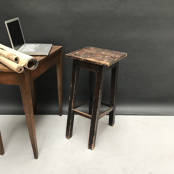 Picture of High stool / Sculpture perch